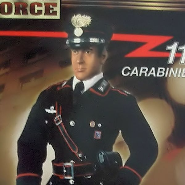 ELITE FORCE MARESCIALLO DEI CARABINIERI ACTION FIGURE